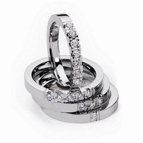 2,9 mm Klassisk Alliance ring i 14 karat hvidguld med 5 stk 0,05 ct W VVS brillant