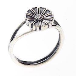 9 mm Marguerit oxideret sølv fingerring fra Lund Copenhagen