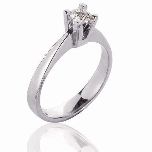 Klassisk Solitaire 14 karat hvid- og rødgulds ring med diamanter