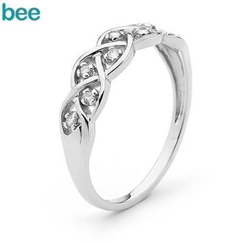 Hvidgulds diamant ring - med hele 8 ægte diamanter