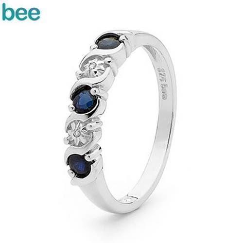 Hvidgulds diamant og safir ring
