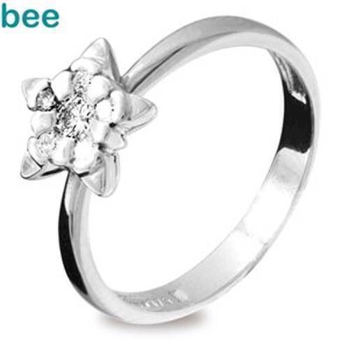 9 kt hvidgulds stjerne ring med diamanter